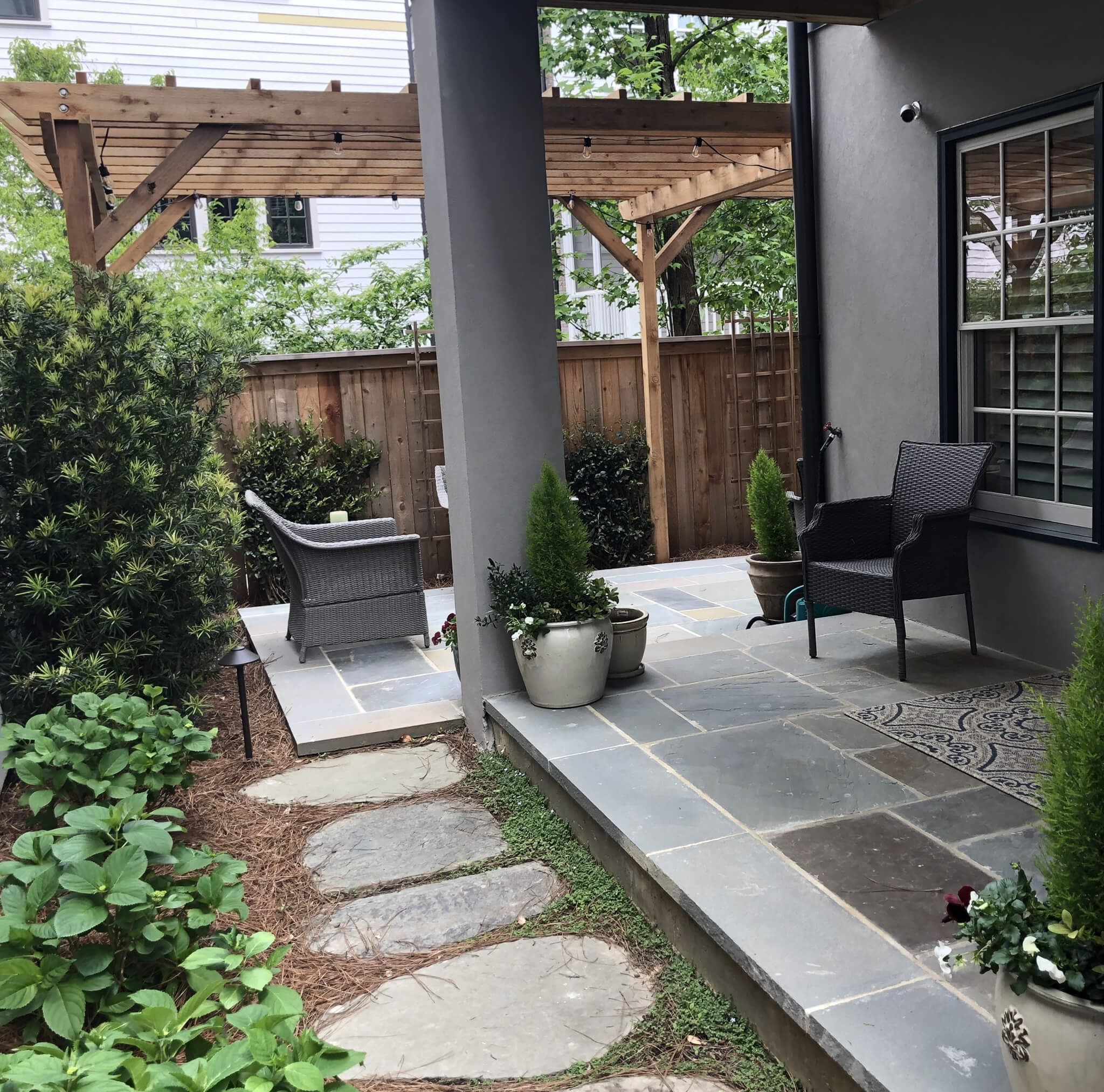 Suwanee, GA Outdoor Living Space